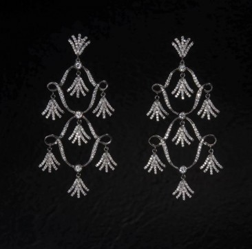 CH114 Earrings made of sterling silver with black rhodium and zircon