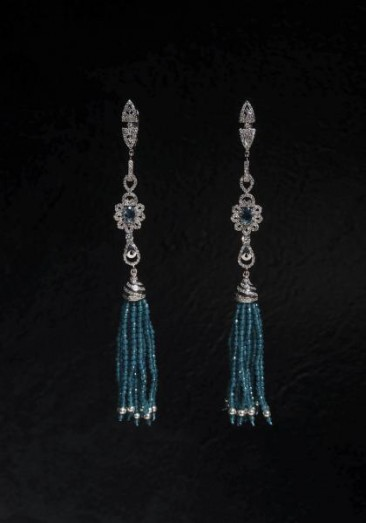 CH122 Earrings made of sterling  silver with  crystals of blue color and zircon