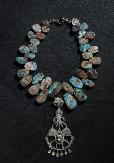 CH150 - Necklace made of agate in turquoise colors with a sterling silver pendant with zircon