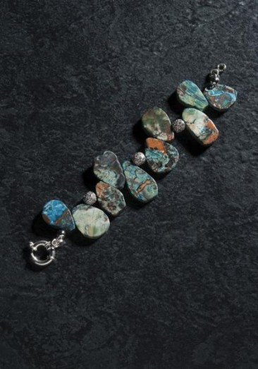CH152 - Bracelet made of agate in turquoise colors with sterling silver beads