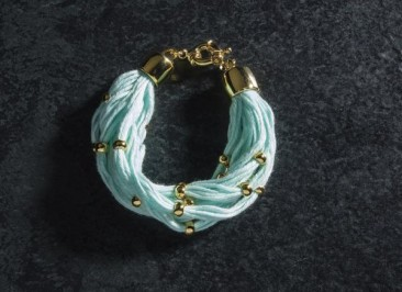 CH195 - Bracelet made of cotton and gold plated beads of bronze