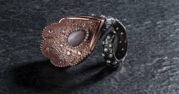 CH205 - Ring made of oxidized silver with cat eye stone  and zircon