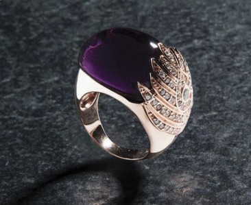 CH212 - Ring made of gold  plated silver with zircon