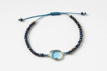 S-BR-293 Bracelet made of crystals and iolite